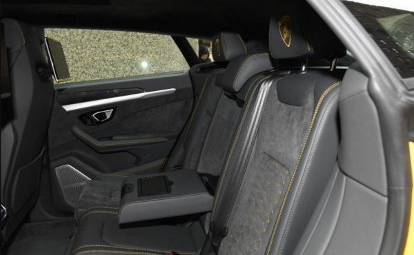 2020 Lamborghini Urus rear seats