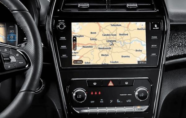 2020 SsangYong Tivoli supports navigation