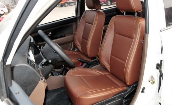 2020 Faw Sirius S80 front seats