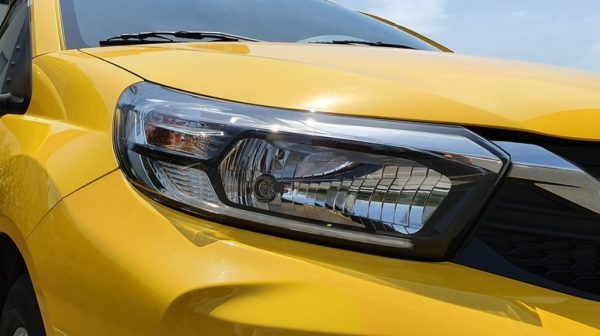 2020 Honda Brio Front lights close view