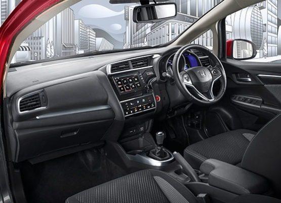 2020 Honda WRV full front interior cabin