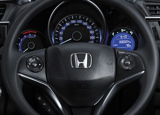 2020 Honda WRV steering wheel