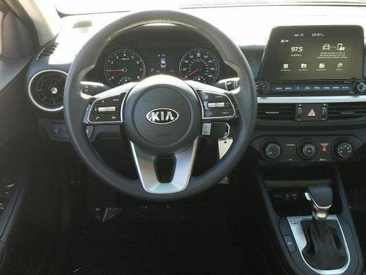 2020 Kia Forte steering view