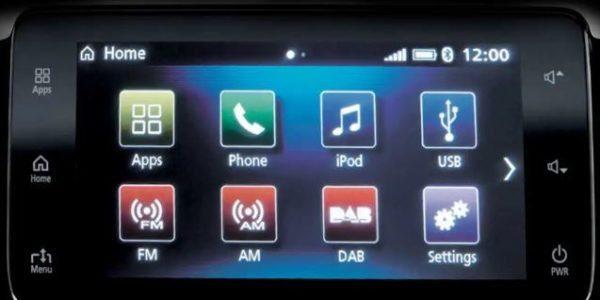 2020 Mitsubishi L200 app connecting options