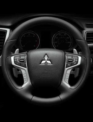 2020 Mitsubishi L200 steering wheel