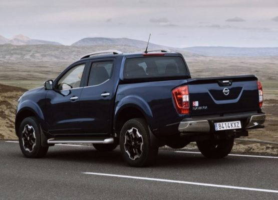 2020 Nissan Navara Rear View