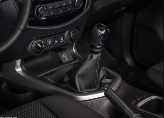 2020 Nissan Navara Transmission