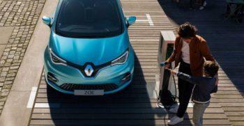 2020 Renault Zoe front view1