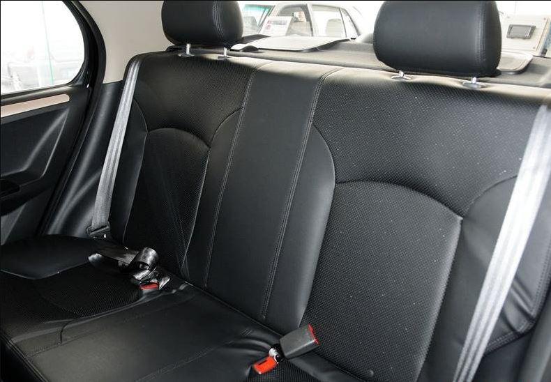 2018 faw Vita V5 Rear Seating close view