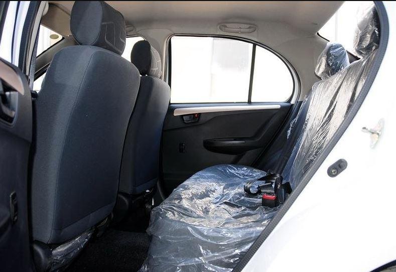 2018 faw Vita V5 Rear Seats