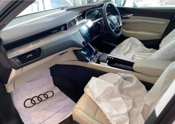 2020 All Electric Audi E-tron interior Quality View