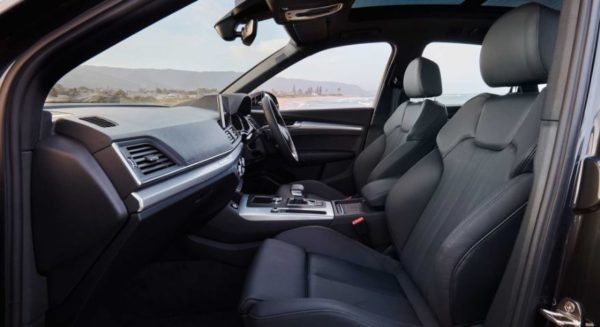 2020 Audi Q5 Front seats