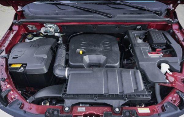 2020 BAIC M50S engine View