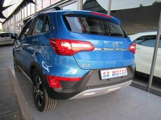 2020 BAIC X25 rear side view