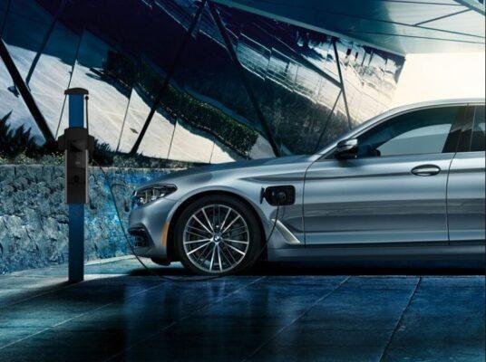 2020 BMW xDriver iPerformance Plugin-Hybrid charging
