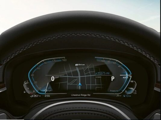 2020 BMW xDriver iPerformance Plugin-Hybrid information cluster