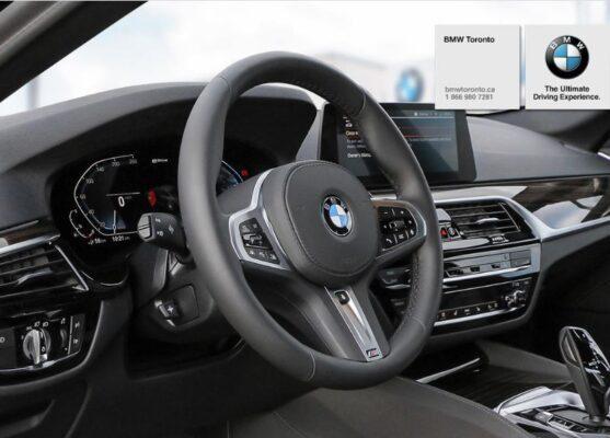 2020 BMW xDriver iPerformance Plugin-Hybrid interior tech