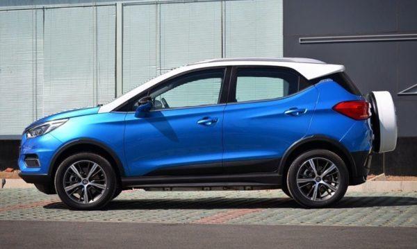 2020 BYD Yuan EV 535 side view