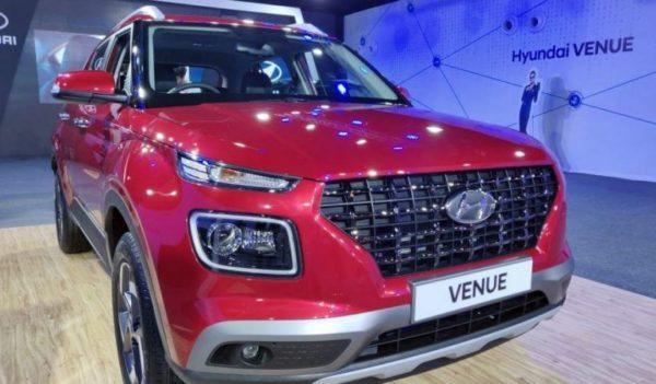 2020 Hyundai Venue Front View