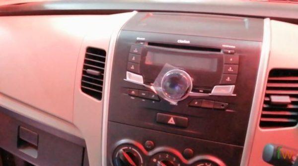 2020 Suzuki Wagon R air vents, Audio controls view