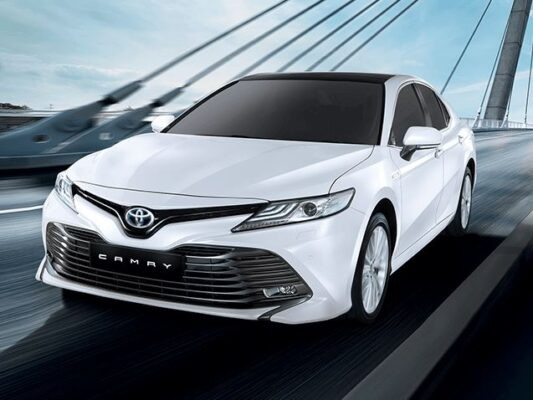2020 Toyota Camry Hybrid front view