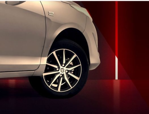 2020 Toyota Yaris alloy wheels