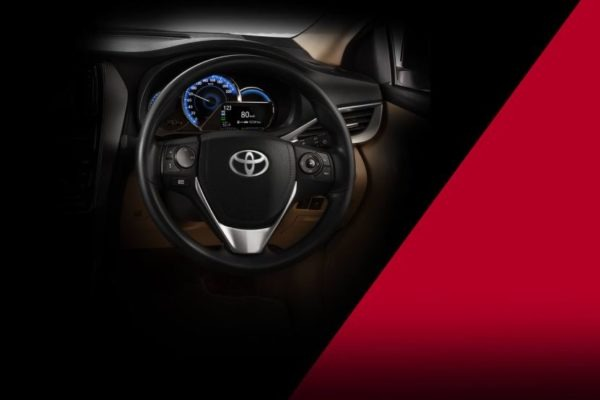 2020 Toyota Yaris steering wheel view