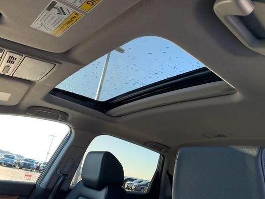 2020 honda CRV moon roof view