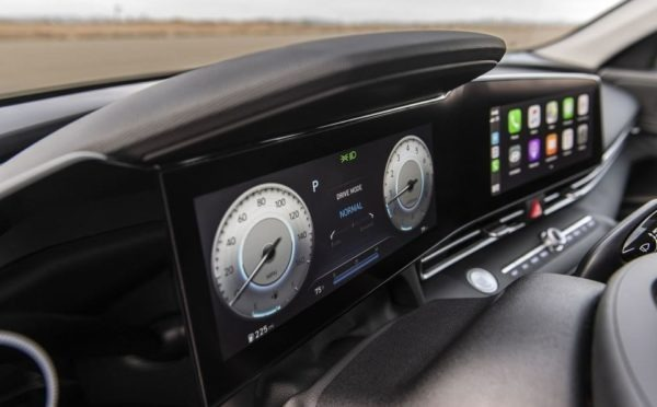 2021 Hyundai Elantra double infotainment screen like mercedes