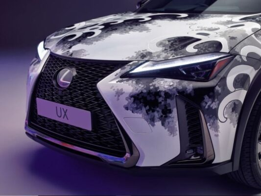 Lexus Tattoed car - Awesome Design and Colors
