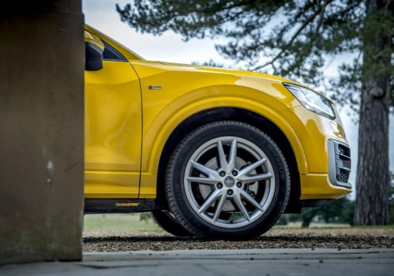 2020 Audi Q2 wheels view