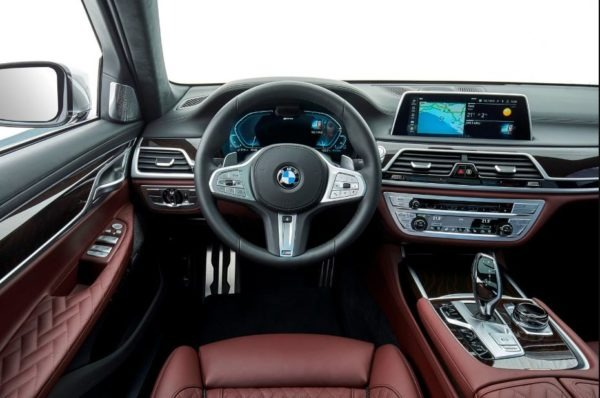 2020 BMW 7 Series front interior cabin view