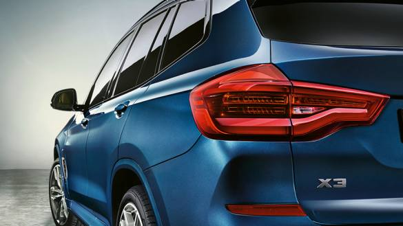 2020 BMW X3 Series rear tail light close view