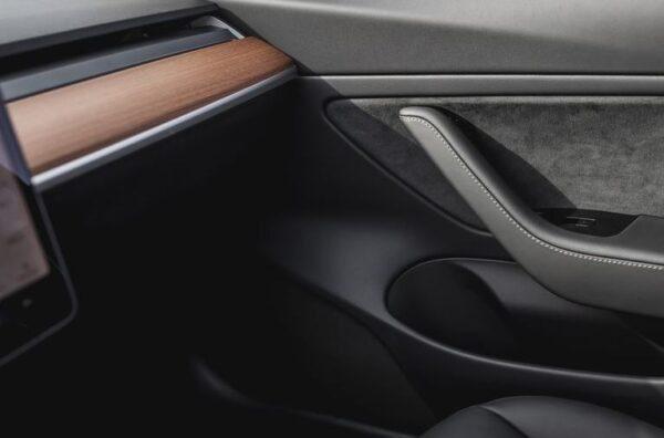 2020 Tesla Model 3 interior build quality