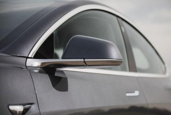 2020 Tesla Model 3 side Mirrors