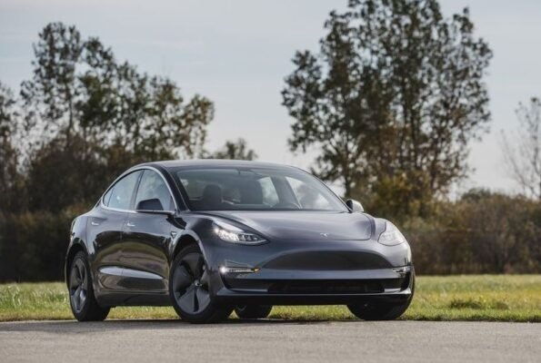 2020 Tesla Model 3 title image