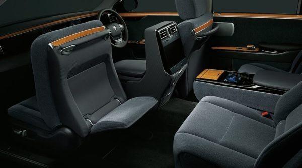 2020 Toyota Century full interior view