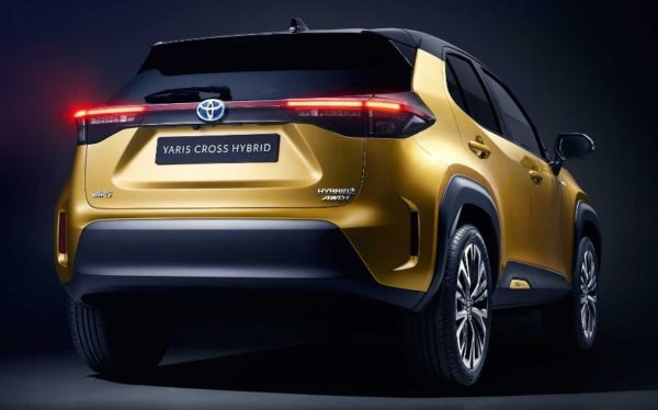 2021 Toyota Yaris Cross Hybrid rear view