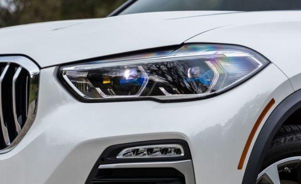 BMW 5 Series xDrive40i headlamps