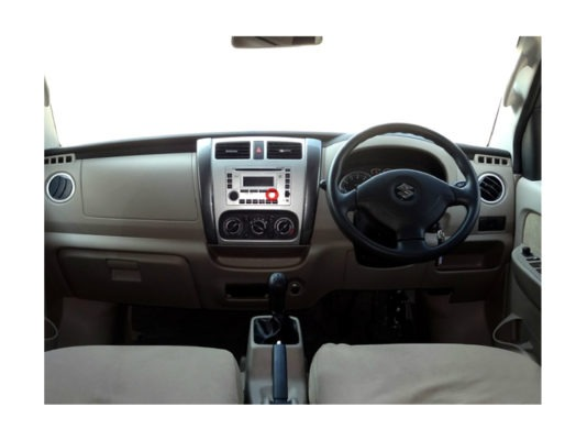 Suzuki APV interior front cabin view