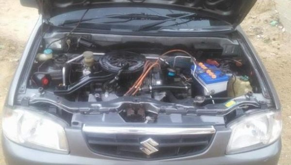 Suzuki Alto VX VXR engine view