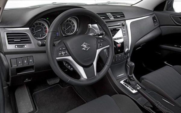 Suzuki Kizashi front interior cabin view.-2JPG