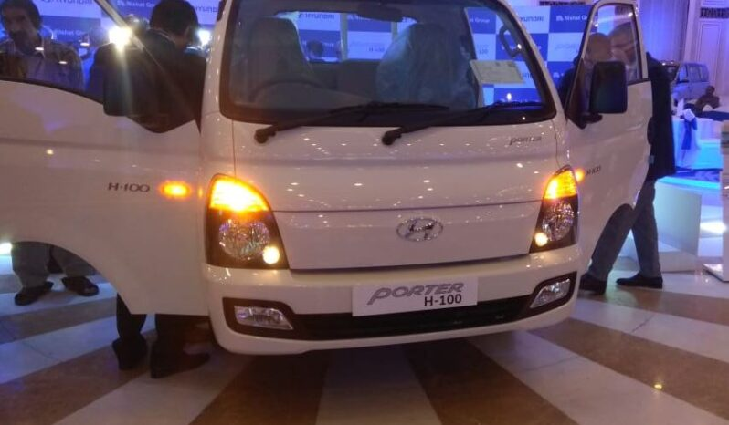 2020 Hyundai Porter H 100 front view