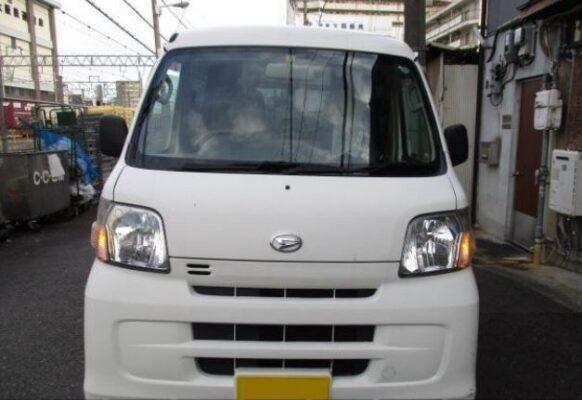 Daihatsu Hijet front close view