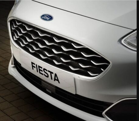 2021 Ford Fiesta front grille view