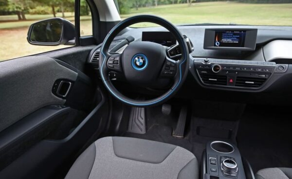 BMW i3 REX information cluster and infotainment screen view