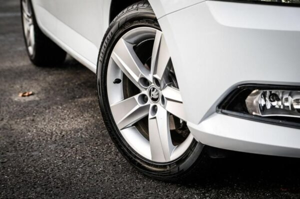 3rd Generation Skoda Fabia wheels view