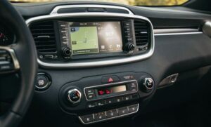 3rd Generation Kia Sorento infotainment screen view