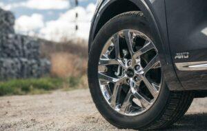 3rd Generation Kia Sorento wheels view