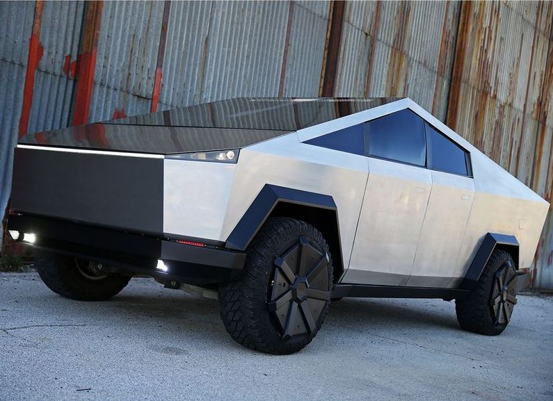 Tesla Cyber Truck Replica with Gasoline engine feature image